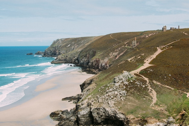 Bela foto da st. agnes heritage coast, reino unido