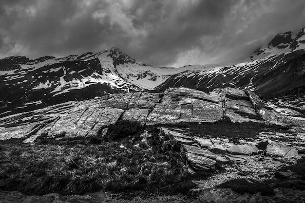 Bela foto de san bernardino, svizzera