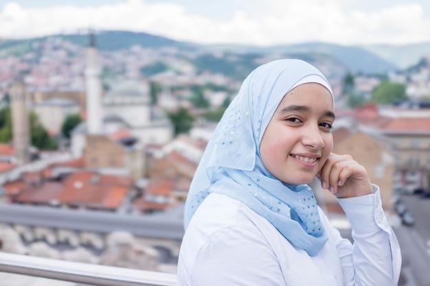 Bela garça árabe muçulmana na vida real