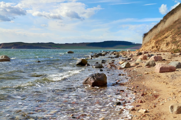 Bela ilha rugen no norte da alemanha, beira-mar