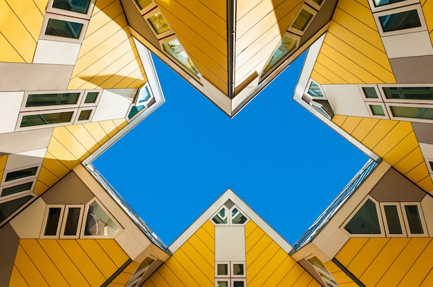 Bela imagem de casas de cubo em roterdão