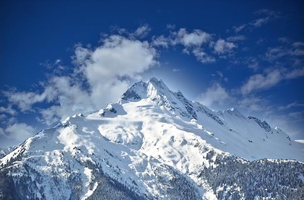 Bela paisagem montanhosa no canadá