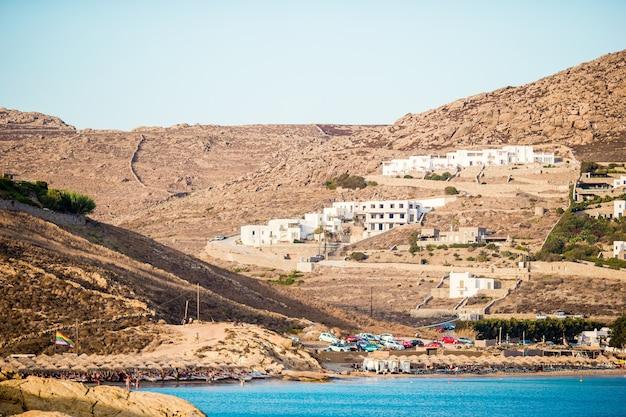 Bela paisagem na ilha de mykonos, grécia