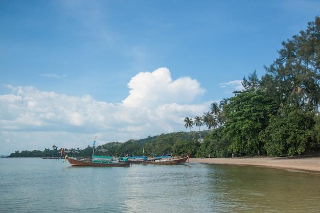 Bela praia em krabi