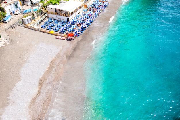 Bela praia na reserva gargano acima vista