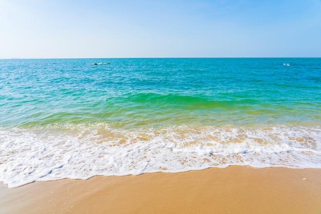 Bela praia tropical