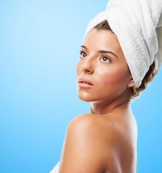 Bela toalha ducha natural bonito