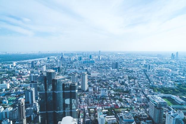 Bela vista da cidade com arquitetura e construção no horizonte de bangkok tailândia