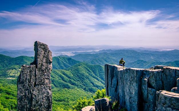 Bela vista da paisagem do parque nacional mudeungsan