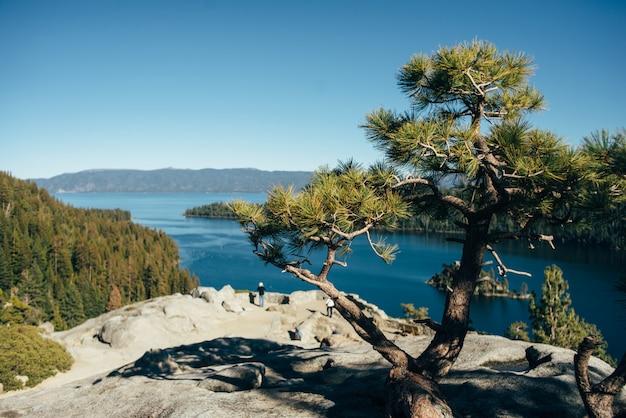 Bela vista do lago tahoe na califórnia