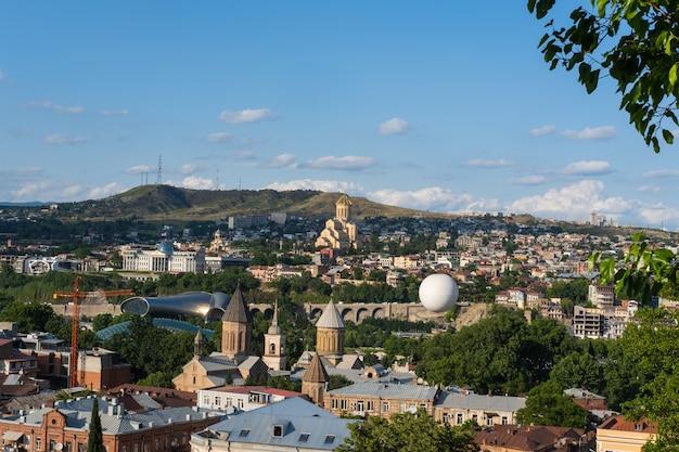 Bela vista panorâmica da cidade de tbilisi, georgia europa, cidade velha, distrito de sololaki