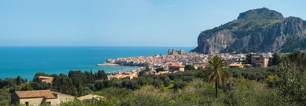 Bela vista panorâmica de cefalu. sicília