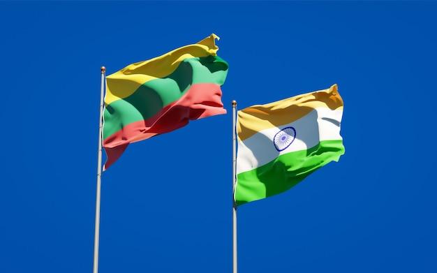 Belas bandeiras estaduais da lituânia e da índia juntas