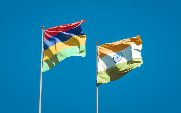 Belas bandeiras estaduais das ilhas maurício e da índia juntas