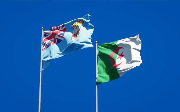 Belas bandeiras nacionais contra o céu