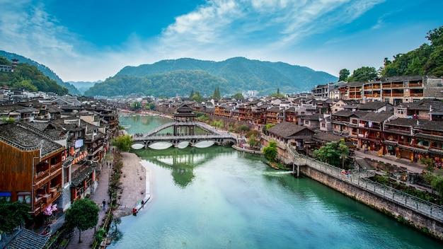 Belas paisagens da antiga cidade de fenghuang