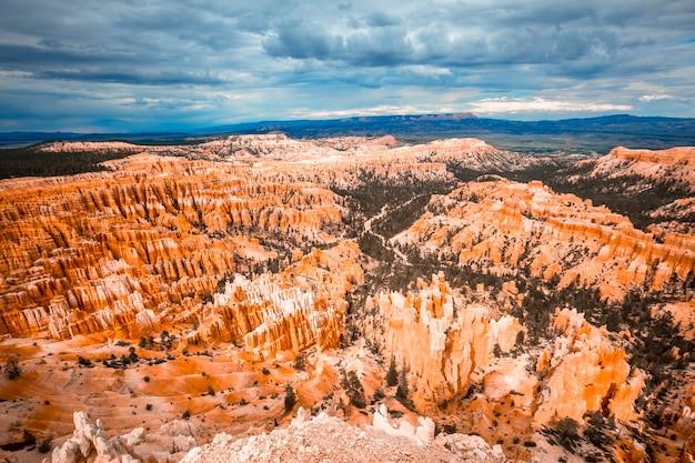 Belas vistas do bryce point no parque nacional de bryce. utah, estados unidos