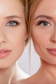 Beleza e maquiagem do rosto de uma linda mulher morena e loira