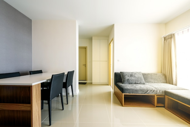 Belo apartamento moderno interior, sala de estar contemporânea