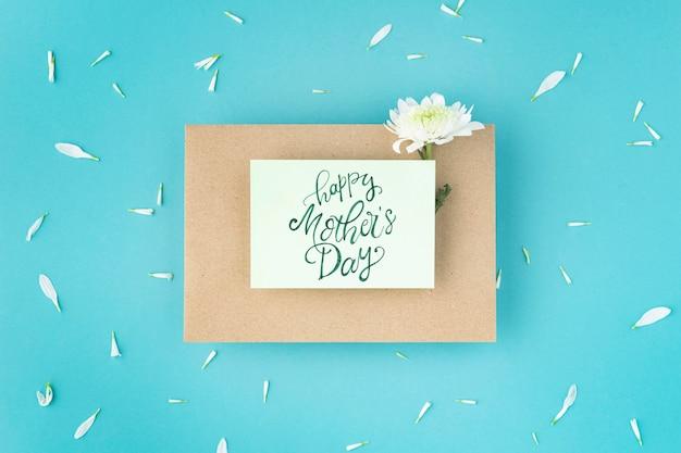 Belo arranjo plano para o dia das mães