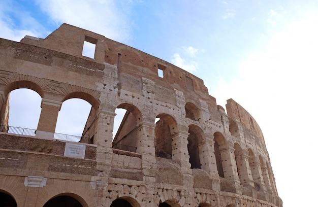 Belo coliseu, em roma, itália
