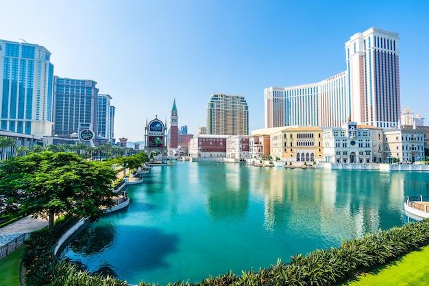 Belo edifício de arquitectura do veneziano e outro hotel resort e casino