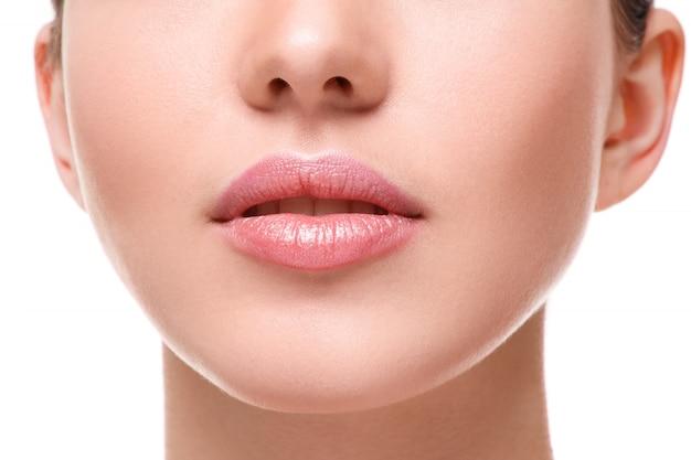 Belos lábios cor de rosa