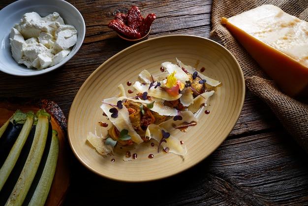 Beringela e queijo receita comida italiana