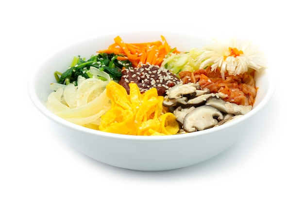 Bibimbap coreano (arroz misto) com legumes