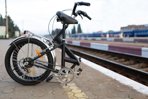 Bicicleta dobrável fácil de usar na cidade