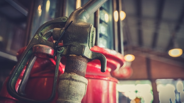 Bico velho da bomba de gasolina