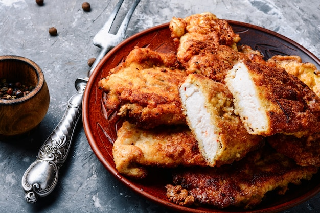 Bife de peito de frango grelhado