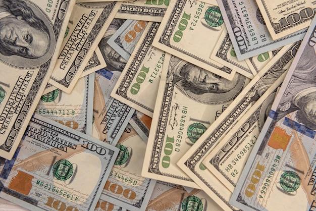 Biils de dólares americanos para o conceito financeiro de design