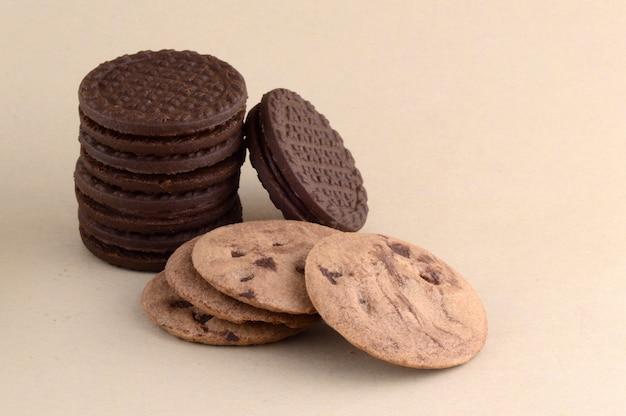 Biscoito de chocolate e biscoito de creme