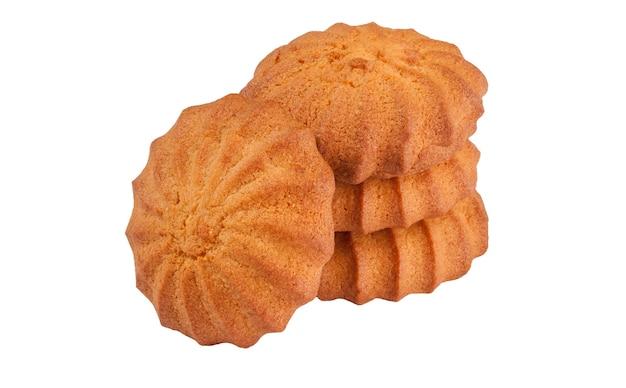 Biscoitos amanteigados crocantes isolados no fundo branco