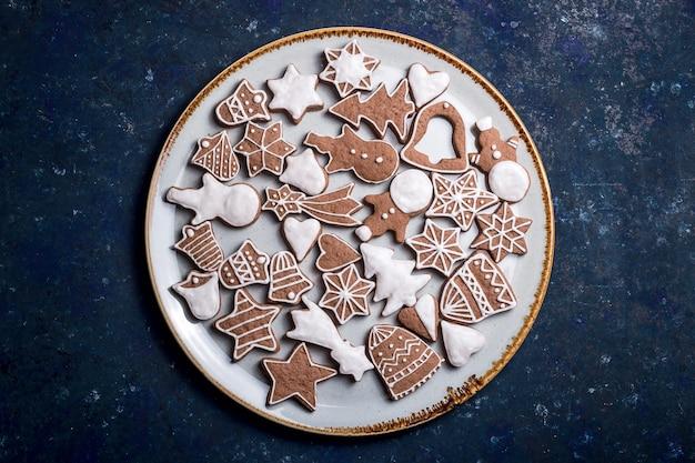 Biscoitos caseiros de gengibre e canela de natal