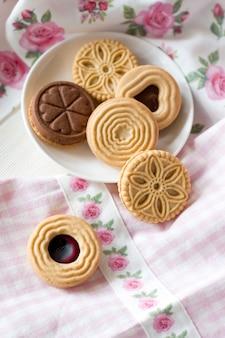 Biscoitos caseiros em um prato
