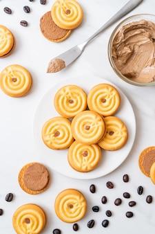 Biscoitos com creme de café