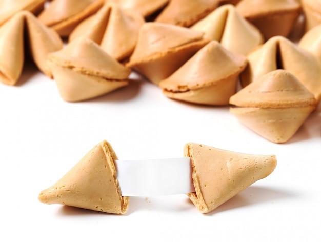 Biscoitos da sorte com papel