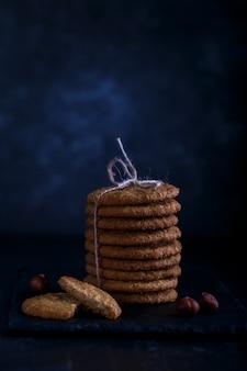 Biscoitos de aveia com avelãs