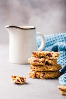 Biscoitos de aveia com passas