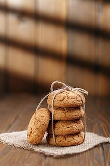 Biscoitos de aveia saborosos.