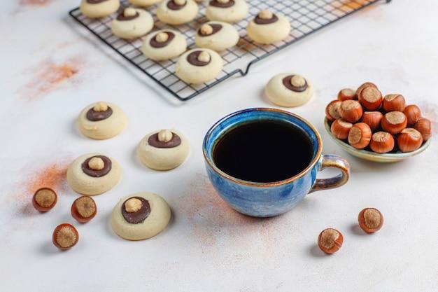 Biscoitos de avelã com avelã