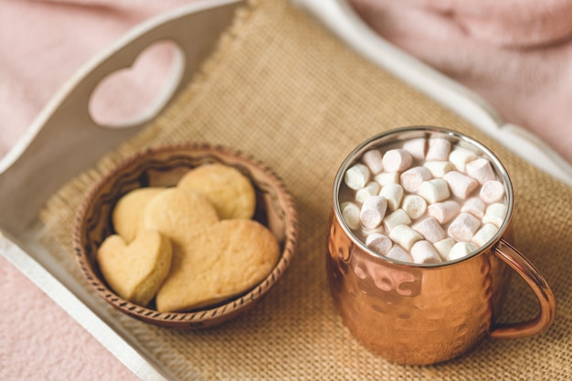 Biscoitos de cacau e coração
