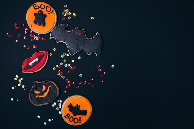 Biscoitos de gengibre caseiro decorado de halloween