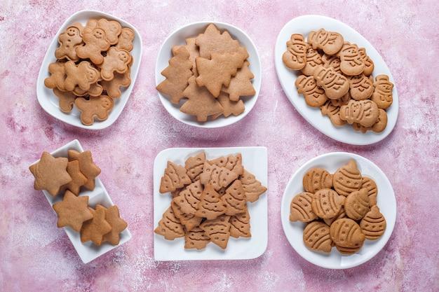 Biscoitos de gengibre deliciosos caseiros.