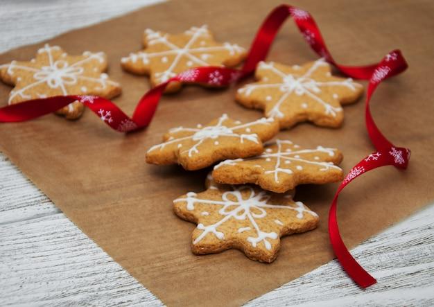 Biscoitos de gengibre e mel de natal