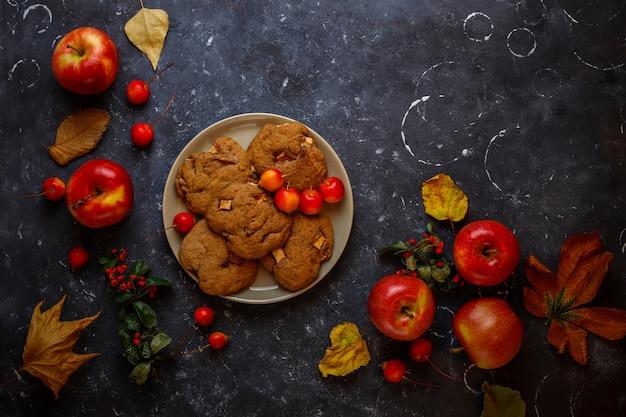 Biscoitos de maçã com canela