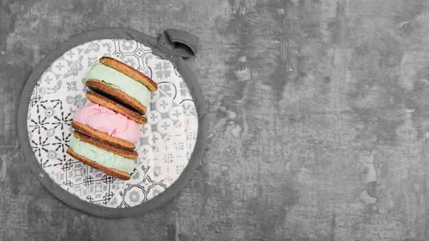 Biscoitos de sorvetes de vista superior