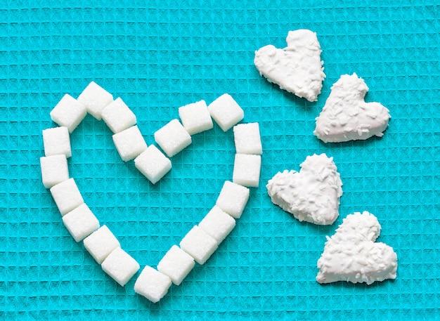 Biscoitos em forma de coração para dia dos namorados